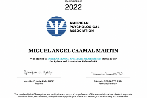 Certificado Psicologo Miguel Caamal